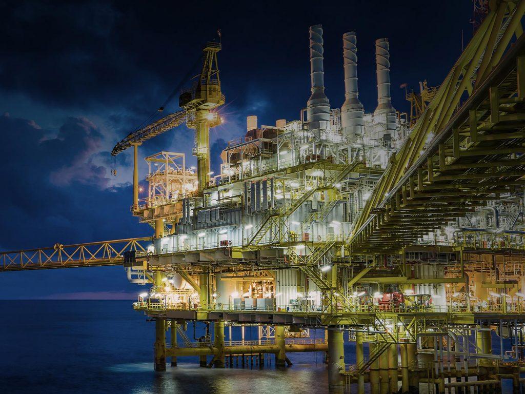 HMI OIL RIG IMAGE
